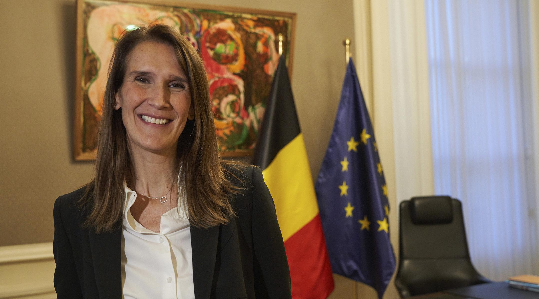 Belgique : une mère juive devient la première femme Première ...