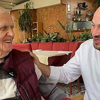 Xhemal Veseli, à gauche, avec Jonny Daniels à Tirana, Albanie, en octobre 2019. (Autorisation : From the Depths via JTA)