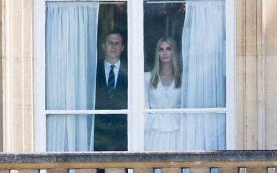 Jared Kushner et Ivanka Trump à Buckingham Palace à Londres le 3 juin 2019. (Crédit : Samir Hussein/WireImage via JTA)