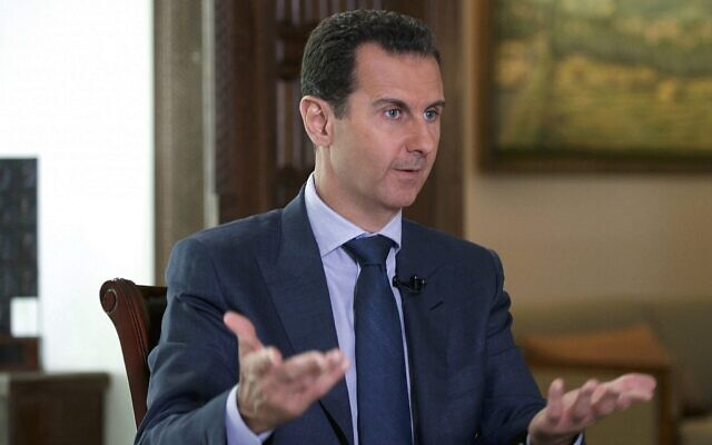 Le président syrien Bashar el-Assad lors d'un entretien accordé au palais présidentiel à Damas, en Syrie, en septembre 2016. (Présidence syrienne via AP)