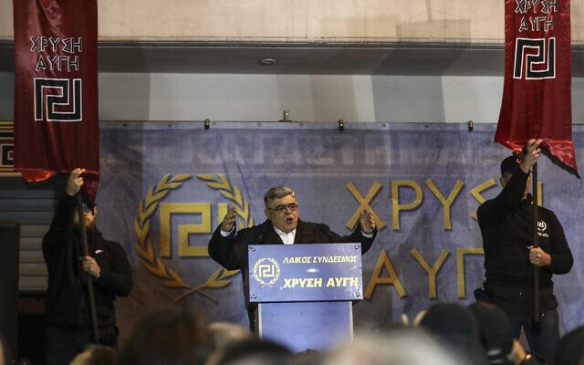 Nikos Michaloliakos, président du parti grec d'extrême-droite Aube dorée, à Athènes, le 3 février 2018. (Crédit : AP Photo/Yorgos Karahalis)