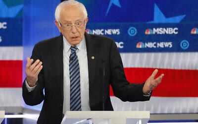 Le candidat à la présidentielle, le Sen. Bernie Sanders, s'exprime lors d'un débat des primaires, le 20 novembre 2019, à Atlanta. (Crédit : AP Photo/John Bazemore)