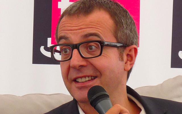 """Charles Dantzig au festival """"Livre sur la Place"""", à Nancy, en septembre 2011. (Crédit : Ji-Elle / Wikimédia / CC BY-SA 3.0)"""