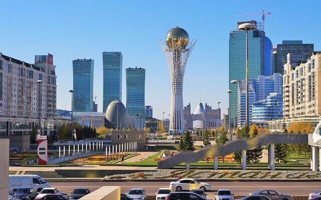 Noursoultan, la capitale économique et politique du Kazakhstan. (Crédit : Ken and Nyetta / Wikimédia / CC BY 2.0)