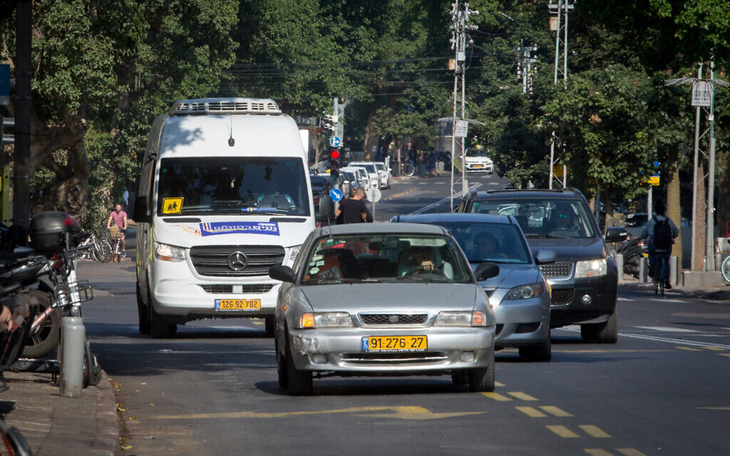 Face à la demande, le programme de bus du Shabbat élargi à Tel Aviv