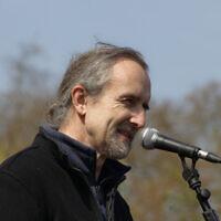 Roger Hallam, lors d'une manifestation de Extinction Rebellion, le 15 avril 2019. (Wikipedia cc-by-sa-2.0)