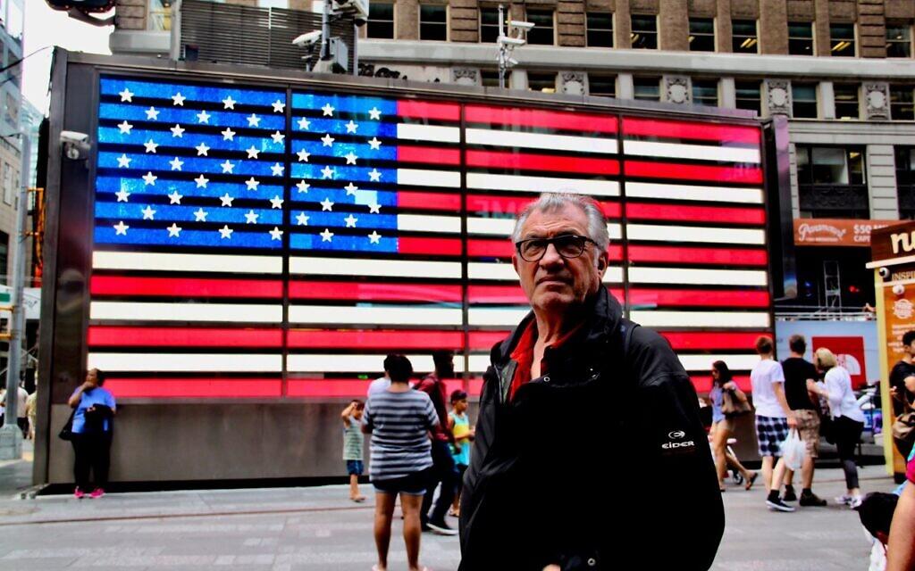 Serge July, à New York. (Autorisation)