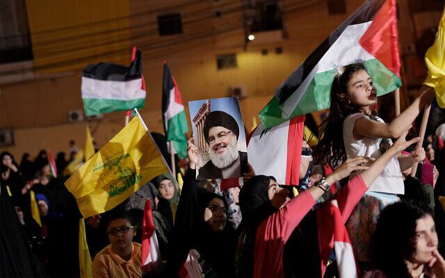 Des partisans du Hezbollah prennent part à un rassemblement pour marquer la journée anti-israélienne al-Qods à Beyrouth, au Liban, le 31 mai 2019. (AP Photo/Hassan Ammar)