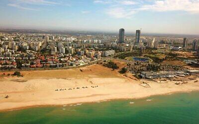 La ligne côtière d'Ashdod (Crédit : Municipalité d'Ashdod)