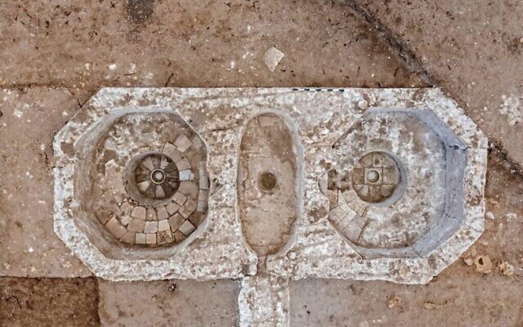 Des pressoirs à vin byzantins sur le site d'Ashkelon (Crédit : Asaf Peretz, Israel Antiquities Authority)
