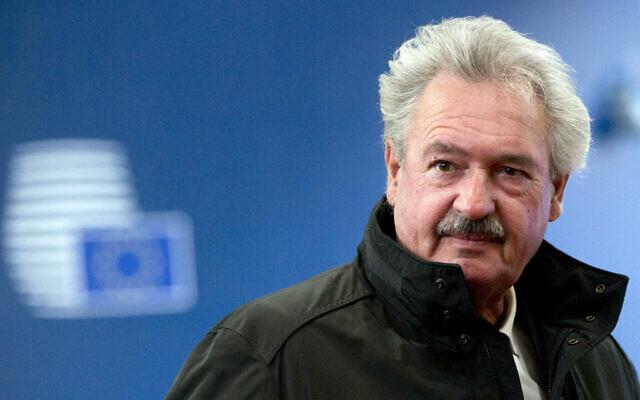 Le ministre luxembourgeois des Affaires étrangères Jean Asselborn arrive pour une réunion des ministres des Affaires étrangères de l'UE au bâtiment Europa à Bruxelles, le lundi 26 février 2018. (Crédit :  AP / Virginia Mayo)