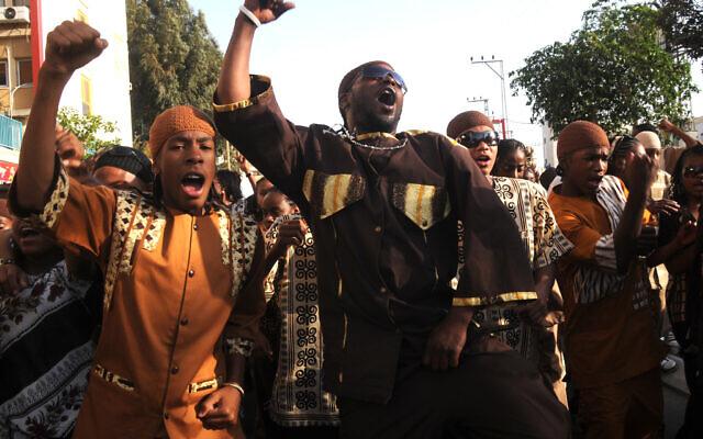 Célébration de la Pâque du Nouveau Monde des Black Hebrew Israelites à Jérusalem, le 20 mai 2009. (Crédit : Jorge Novominsky/Flash 90)