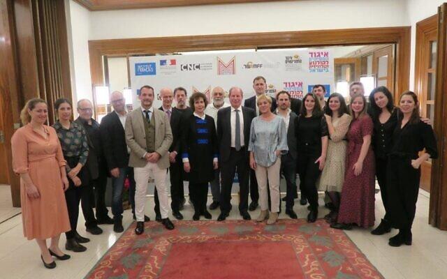 L'ambassadeur de France en Israël, Eric Danon, reçoit les principaux acteurs du projet de résidence de co-écriture de série. (Crédit: Nathan Cahn / Ambassade de France en Israël 2019)