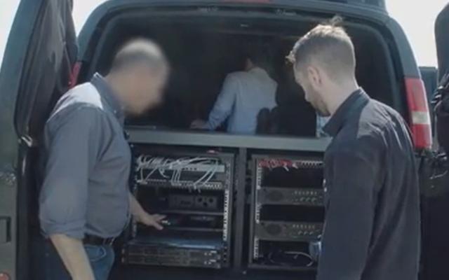 L'intérieur d'une camionnette d'espionnage appartenant à Wispear selon une vidéo diffusée par Forbes, le 5 août 2019. (Crédit : Forbes)