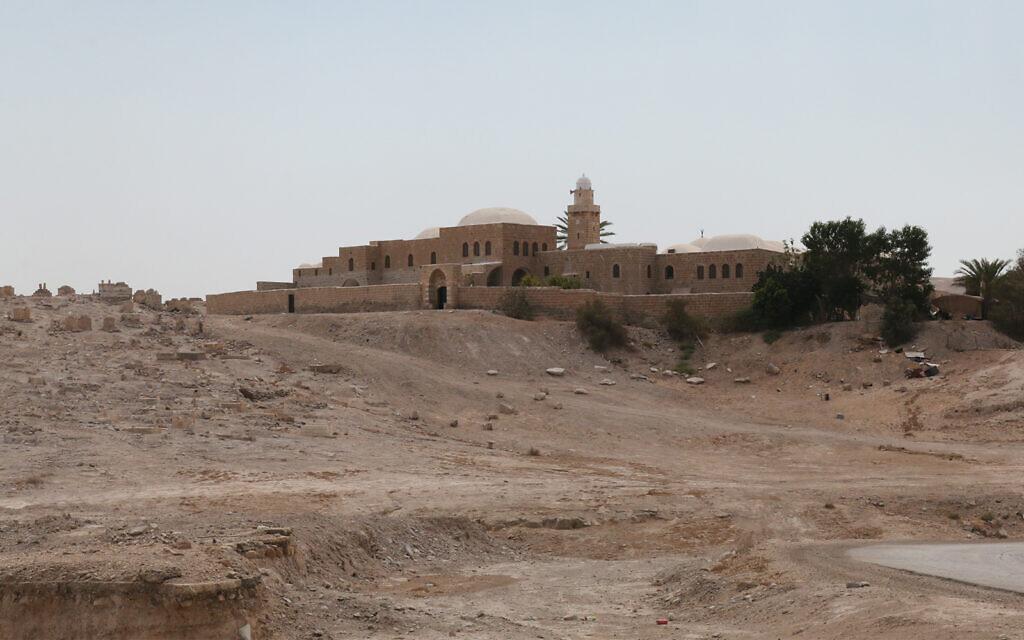Le site de Nebi Musa aux abords de Jérusalem. (Crédit : Shmuel Bar-Am)