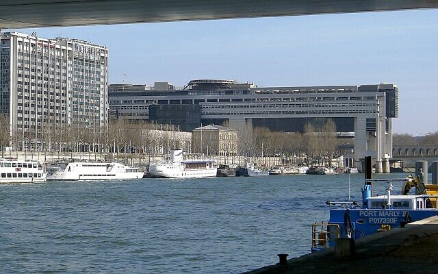 Le ministère de l'Économie et des Finances français, à Paris. (Crédit : Mbzt / CC BY-SA 3.0)