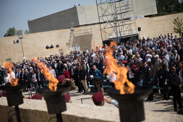 VIDÉO - Altercation verbale entre Emmanuel Macron et des policiers israéliens à Jérusalem