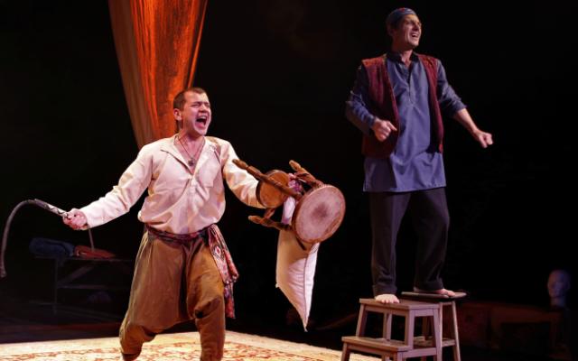 La pièce de théâtre Les Cavaliers inspirée du livre éponyme de Joseph Kessel.