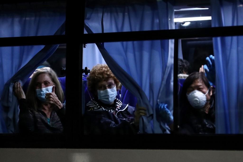 Diamond Princess: 500 passagers débarquent après 14 jours de quarantaine