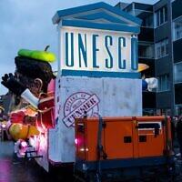 Un char au carnaval d'Alost, le 23 février 2020, à Alost.(Crédit : Juliette Bruynseels / AFP)