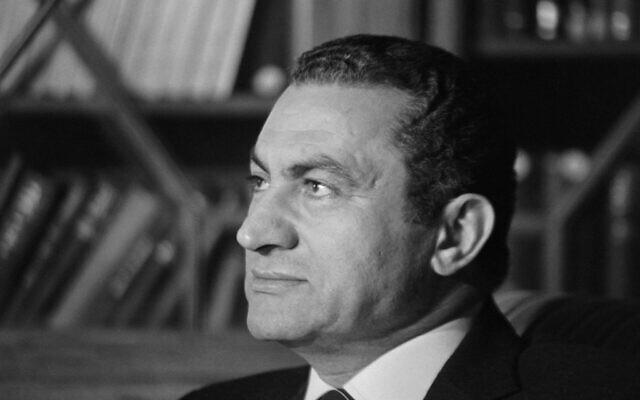 Le président égyptien Hosni Moubarak, le 24 novembre 1982. (Crédit : PHILIPPE BOUCHON / AFP)