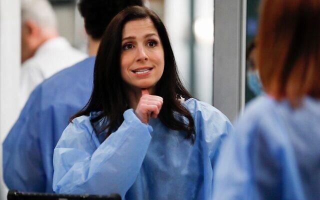 """Shoshannah Stern dans le rôle du Dr Lauren Riley dans la série """"Grey's Anatomy"""". (Autorisation : Disney/ABC TV)"""