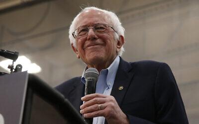 Le candidat démocrate à la présidence, le sénateur Bernie Sanders [I-Vt.], lors de son discours de campagne à Carson City, Nevada, le 16 février 2020. (AP/Rich Pedroncelli)