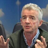 Le PDG de Ryanair, Michael O'Leary, au siège de la compagnie à Dublin, le 24 avril 2016. (Crédit : AP Photo/Shawn Pogatchnik)