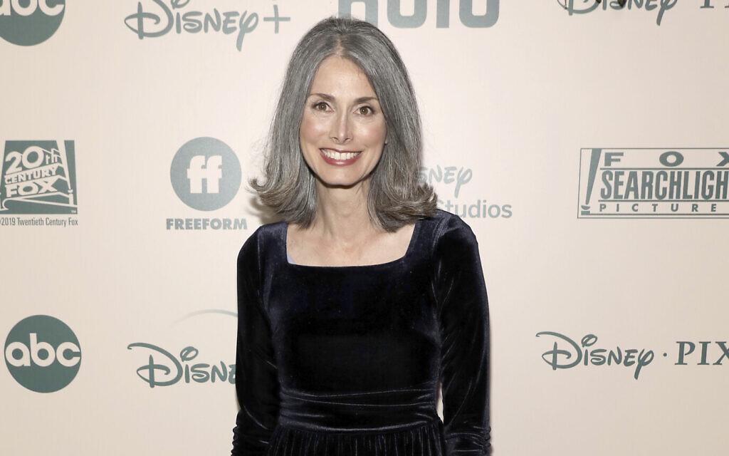 Christine Leunens arrive à une soirée des Golden Globes FX et Disney au Beverly Hilton Hotel à Beverly Hills, en Californie, le 5 janvier 2020 (Crédit : Mark Von Holden/Invision/AP)