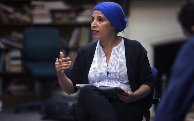 Amal Elsana-Alh'jooj dirige un atelier sur l'identité avec des boursiers de l'ICAN à l'Université McGill de Montréal, en 2018. (Autorisation)