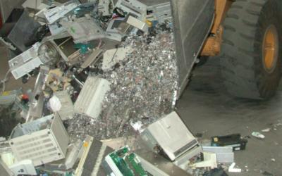 Image d'illustration. Des déchets électroniques à Goslar, en Allemagne. (Crédit : Volker Thies (Asdrubal) / CC BY-SA 3.0)