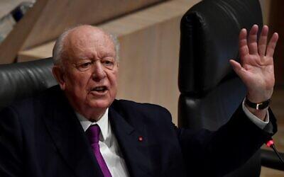 Le maire de Marseille Jean-Claude Gaudin lors de son dernier conseil municipal, le 27 janvier 2020, à la mairie de Marseille. (Crédit : GERARD JULIEN / AFP)