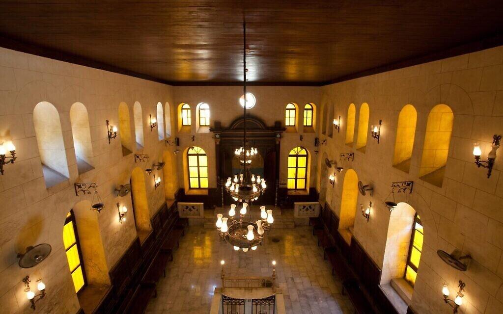 L'intérieur de la synagogue des Maimonides au Caire (Autorisation :  Sammy Ari)