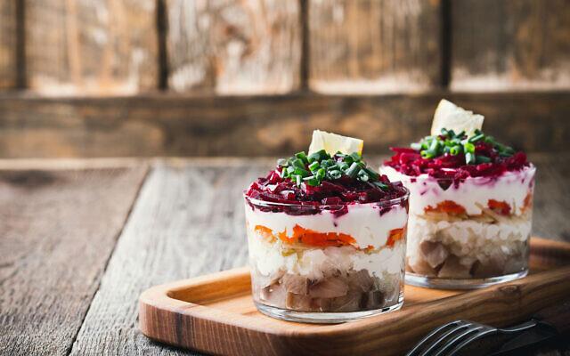 La salade chouba, ou hareng en fourrure.(Rachel Ringler/ via JTA)