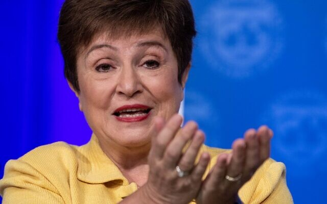 Le dirigeante du Fonds monétaire international Kristalina Georgieva s'exprime lors d'une conférence de presse sur le COVID-19 à Washington, le 4 mars 2020. (NICHOLAS KAMM / AFP)