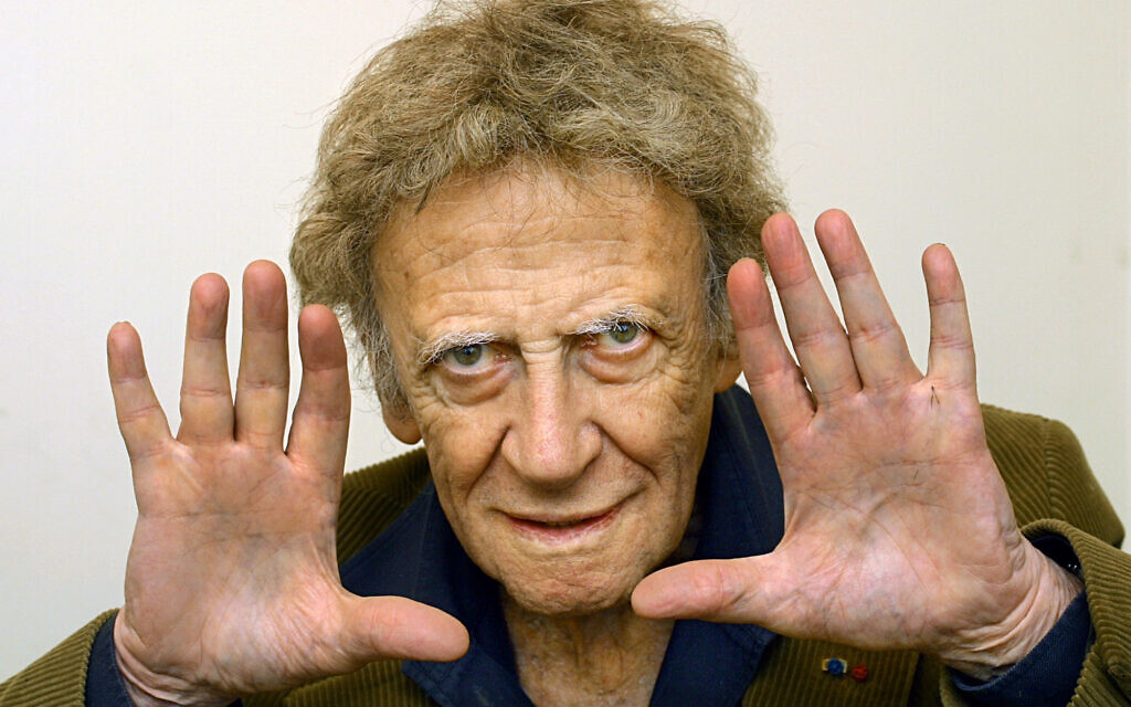 Marcel Marceau photographié à Paris, le 12 février 2003 (Crédit :AP Photo/Laurent Emmanuel)