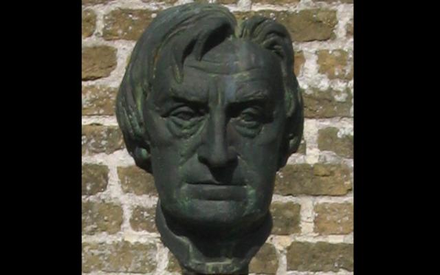 Un buste du collaborateur nazi Cyriel Verschaeve, prêtre et poète belge. (Crédit : Eigen werk / Domaine public)