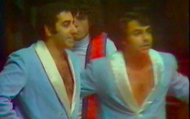 Les catcheurs français Georges Cohen et Gaston Doukhan. (Crédit : Capture d'écran / Alpra.blogspot.com / DR)