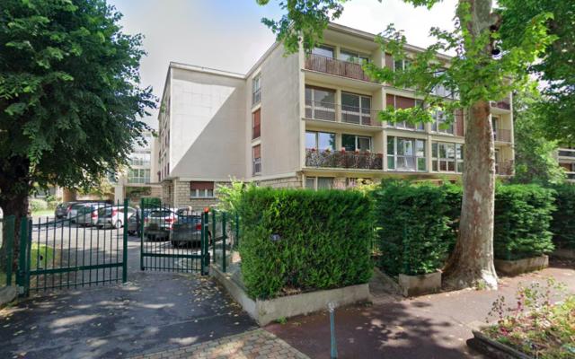 L'immeuble dans lequel se trouve le centre culturel Habad Loubavitch de Saint-Gratien (Val-d'Oise). (Crédit : Google Maps / Capture d'écran)