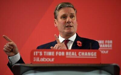 Le secrétaire d'État pour la sortie de l'UE du Labour, Keir Starmer, parle du Brexit lors d'un événement du Parti travailliste à Harlow, au nord de Londres, le 5 novembre 2019. (Crédit :  Daniel LEAL-OLIVAS / AFP)