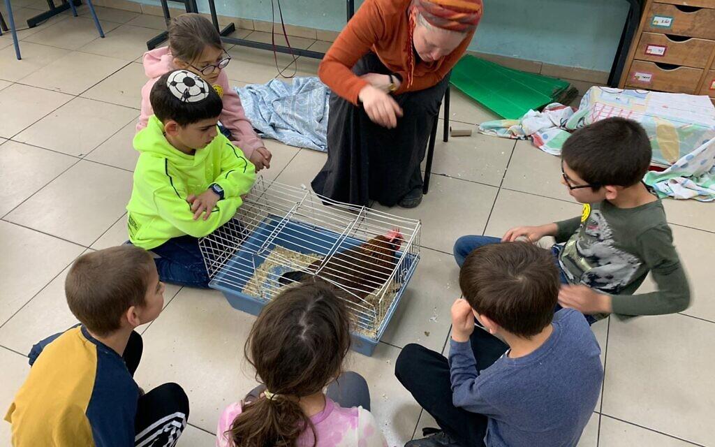 Les enfants des soignants de Shaare Zedek en atelier à l'école Yafe Nof. (Autorisation)