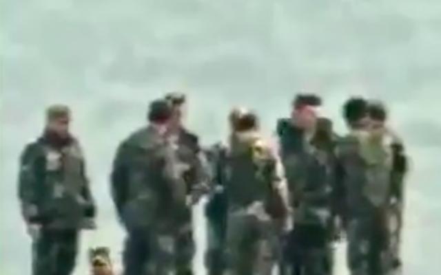 Capture d'écran d'une vidéo publiée par l'armée israélienne qui montrerait un haut-gradé syrien, Lua'a Ali Ahmad Asaad, lors d'une inspection de sites du Hezbollah sur le plateau du Golan. (Crédit : Armée israélienne)