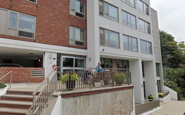 Une maison de retraite de l'organisation Chelsea Jewish Life Care près de Boston,  dans le Massachusetts. (Capture d'écran/Google streetview)