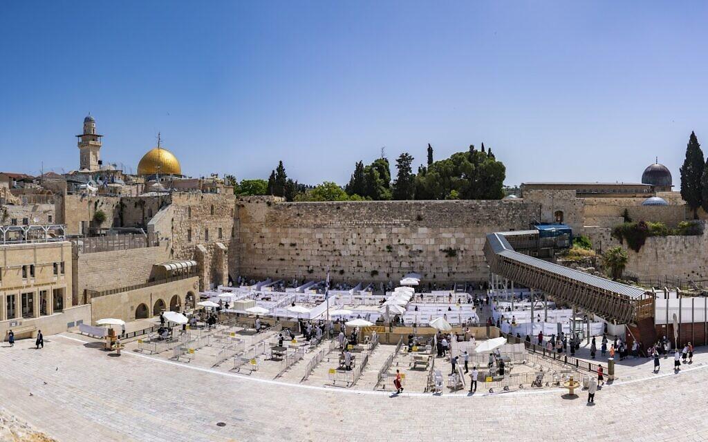 Le mur Occidental dans la Vieille Ville de Jérusalem en mai 2020 (Crédit : Yaniv Berman/Autorité israélienne des Antiquités)