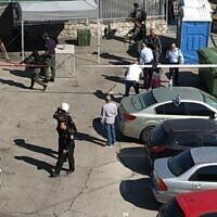 La scène d'une tentative d'assassinat au couteau présumée dans le quartier de Jabel Mukaber à Jérusalem-Est, le 25 mai 2020. (Noemi Kamhine)