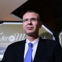 Le ministre du Tourisme Yariv Levin à l'hôtel Kfar Maccabia à Ramat Gan, le 27 octobre 2019. (Tomer Neuberg / Flash90)