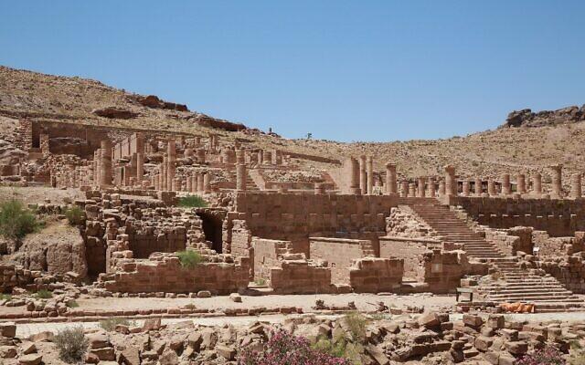 La cité antique de Pétra en Jordanie vidée de ses touristes en raison de la pandémie de coronavirus, le 1er juin 2020. (Photo by Khalil MAZRAAWI / AFP)