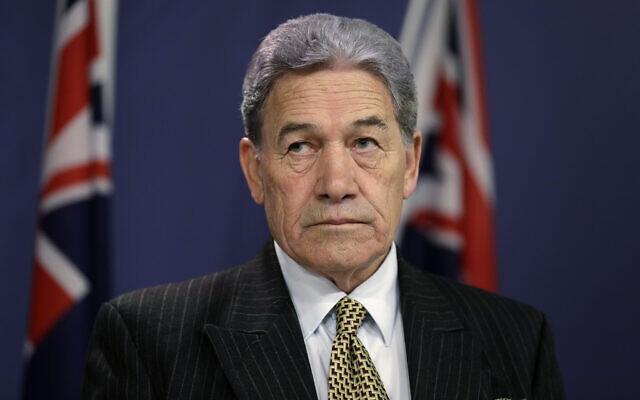 Le ministre néo-zélandais des Affaires étrangères et vice-Premier ministre du pays Winson Peters, le 4 octobre 2019 (Crédit : AP Photo/Rick Rycroft)