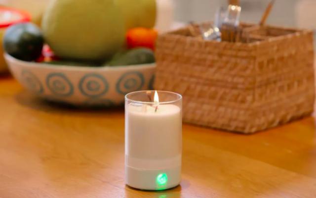 La bougie connectée Candletouch. (Crédit : Candletouch)