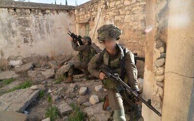 Des soldats de l'unité de reconnaissance Maglan participent à un exercice d'entraînement à Chypre en octobre 2018. (Armée israélienne)